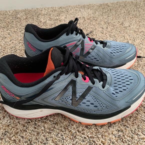 Womens New Balance 86 V 8 Running Shoes